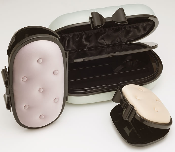 MAC Cosmetics Glamour Daze Compact